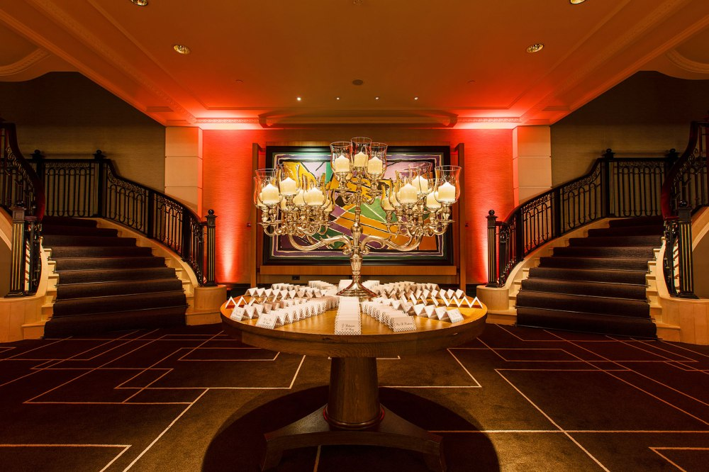 Elegant decorations and lighting in classy room for wedding
